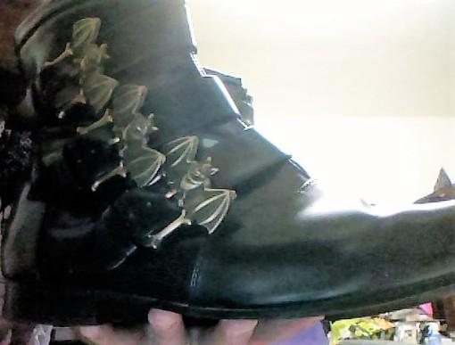 Bat_Boots